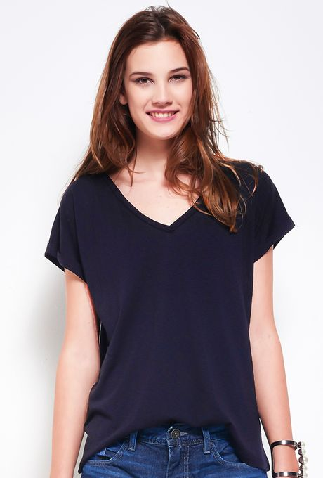 T-Shirt-Cayman-preta
