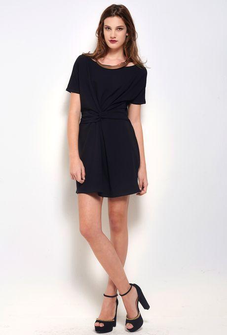 Vestido-Luxemburgo-preto-curto
