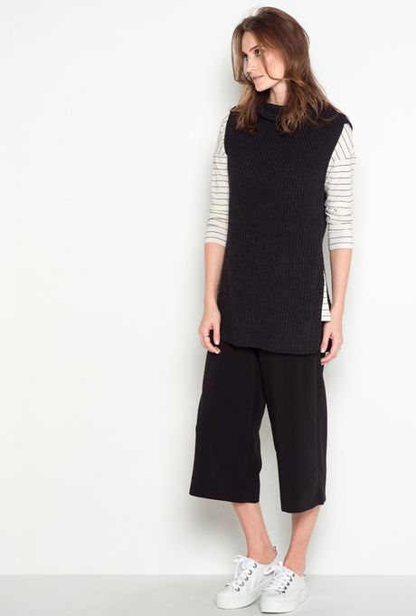 Colete-tricot-Imperia-preto