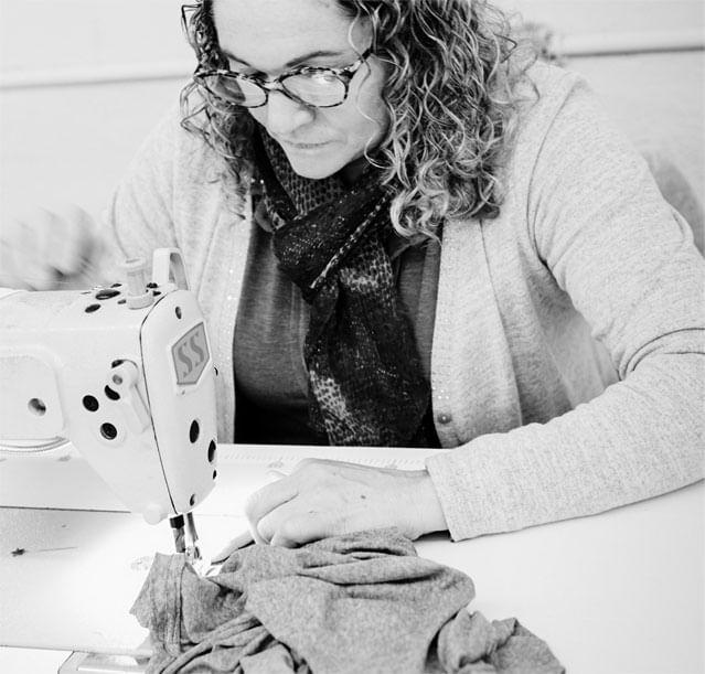 Nossas costureiras e o nosso eterno lema sobre mão de obra ética e sustantabilidade social
