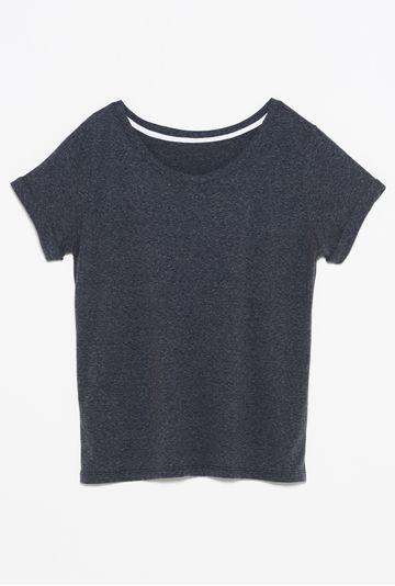 Camiseta-Sorrento-cinza-still