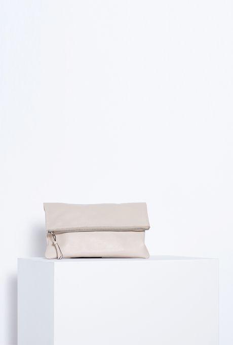 Bolsa-carteira-areia