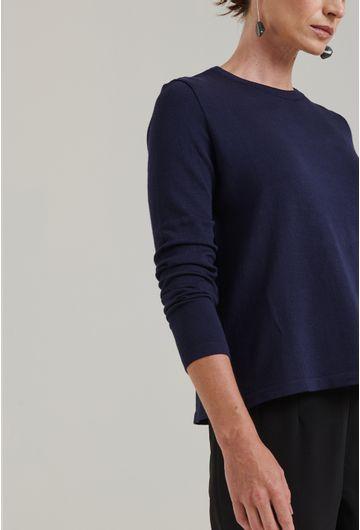 Blusa-em-tricot-com-manga-longa-lausanne-estilo-sueter-azul-marinho-detalhe