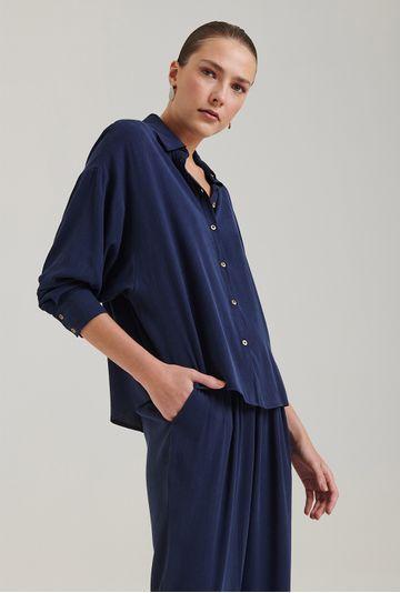 Camisa-em-Lyocell-Windsor-Com-Manga-Morcego-Azul-Morcego-Frente