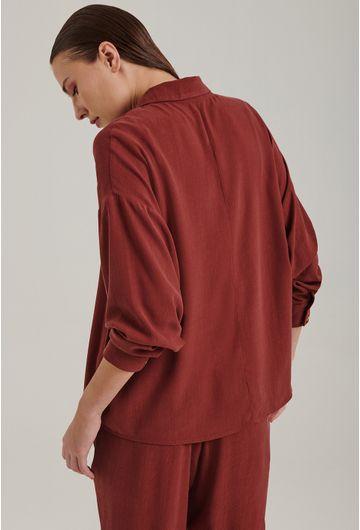 Camisa-em-Lyocell-Windsor-Com-Manga-Morcego-Vermelho-Queimado-Costas