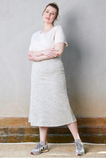 Lookbook-Saia-Faial-mesclada-em-tecido-texturizado--mybasic-detalhe