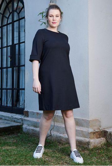 Lookbook-Vestido-Lucerna-preto-confeccionado-em-viscose-certificada--mybasic