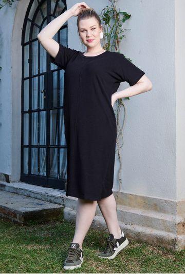 Lookbook-vestido-midi-Portofino-confeccionado-em-algodao-certificado-preto---mybasic-detalhe