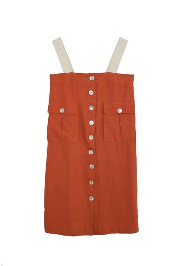 Vestido-Terracota-Upcycling-com-botoes-madreperola-em-linho-still