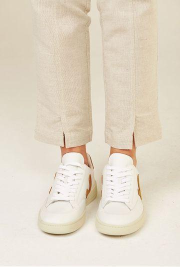 Tenis-V12-Leather-Extra-White-Camel-Vert-Shoes-detalhe