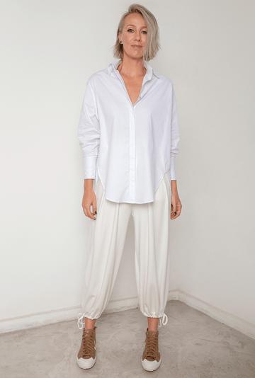 Camisa-Dinant-Tricoline-de-Algodao-Assimetrica-Branca-detalhe-2